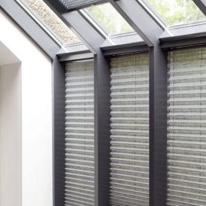 Serre en lichtkoepel zonwering en warmtewering vraag advies aan Protectsun.nl