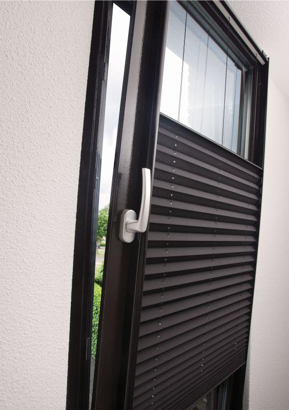 Verosol zonwering voor draai en kiepramen vraag advies aan Protectsun.nl in Amsterdam