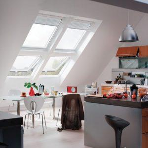 zonwering voor Velux Fakro dakramen vraag advies aan Protectsun.nl in Amsterdam