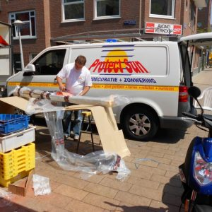 kwaliteit montage van uw zonnescherm voor uw tuin terras of winkel vraag advies aan protectsun.nl