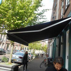 kwaliteit zonnescherm voor uw Italiaans restaurant vraag advies aan protectsun.nl