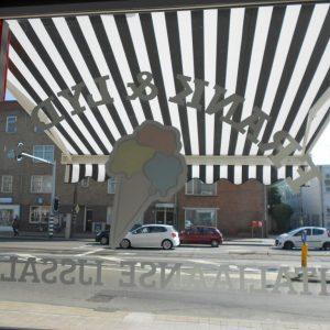 kwaliteit zonnescherm voor uw Italiaanse IJssalon vraag advies aan protectsun.nl